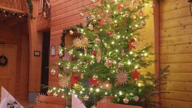 Weihnachtsbaum Bei Weihnachtsfeiern