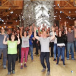 Lustiger Jonglage-Workshop Mit 60 Teilnehmer