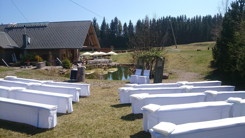 Hochzeitsfeier mit Trauzeremonie im Schwarzwald in der Eventlocation der Teamwelt
